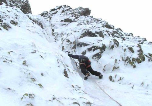 Initiation à l'alpinisme hivernal